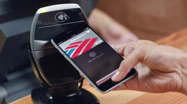 apple-pay-demo_01-600x334